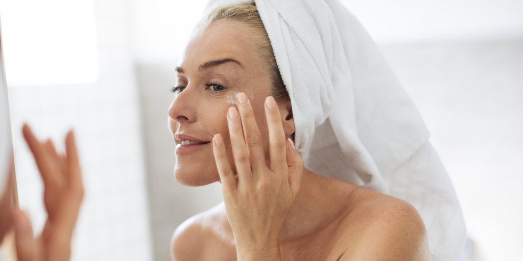 eye cream treatment